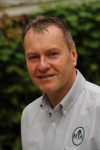 Neil Cummings
